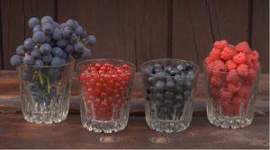 st owoce i woda latem